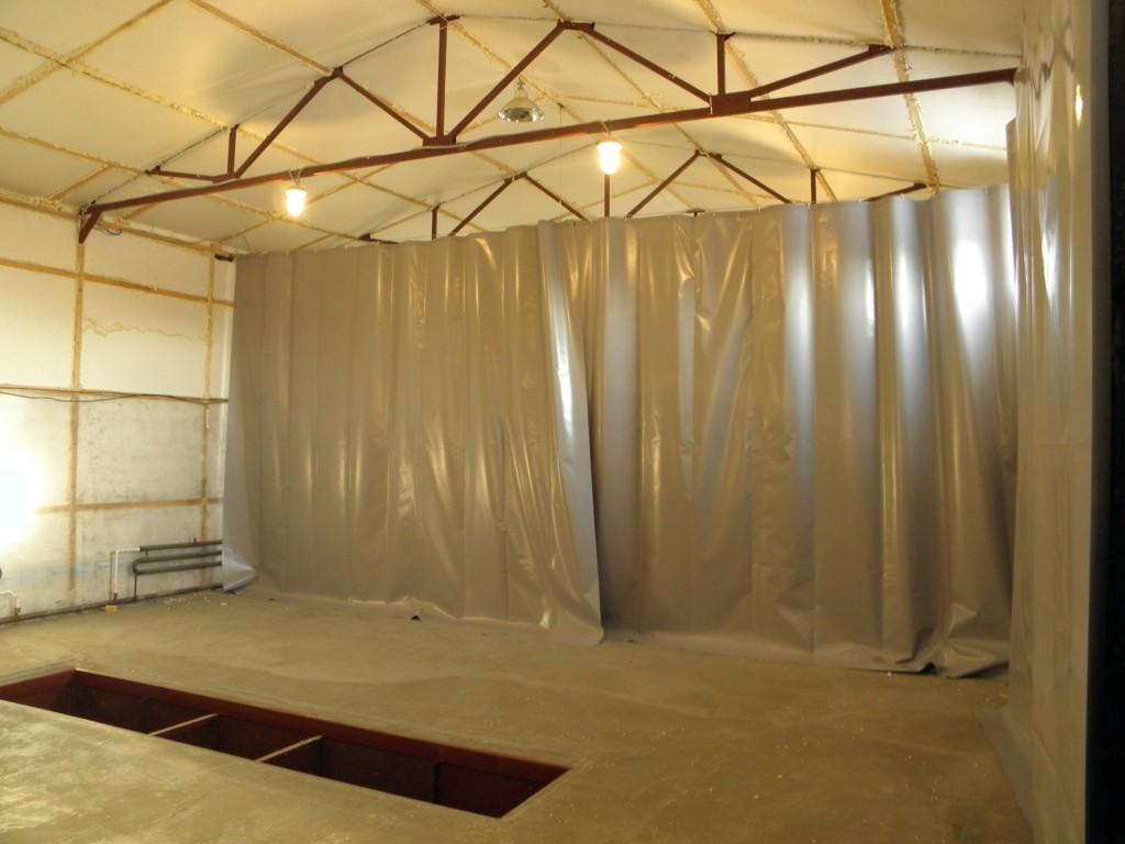 Промышленная штора для автосервиса