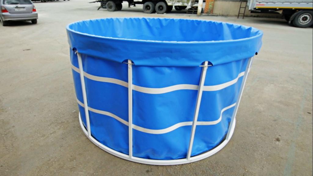Круглый каркасный бассейн в форме чаши