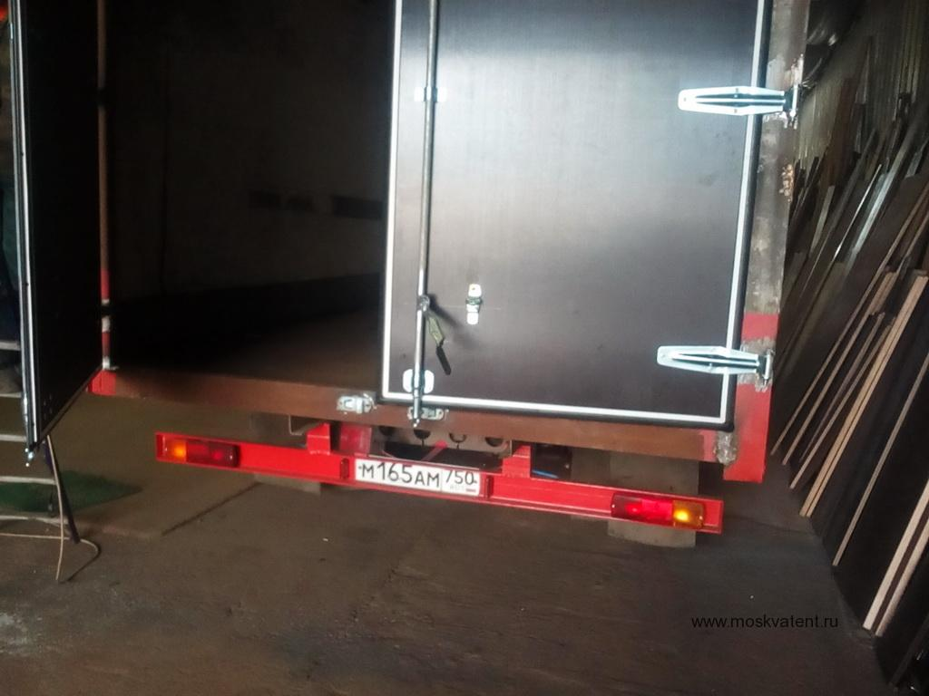 Изготовление ворот на грузовик Mercedes 814 в Москве на заказ