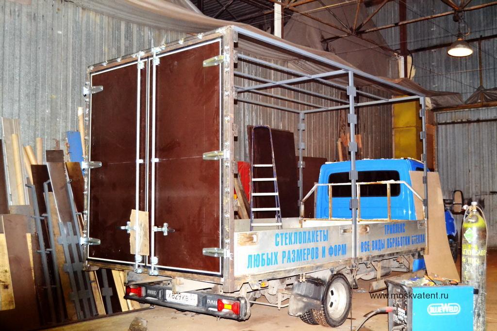 Задние распашные ворота на грузовик Iveco Daily